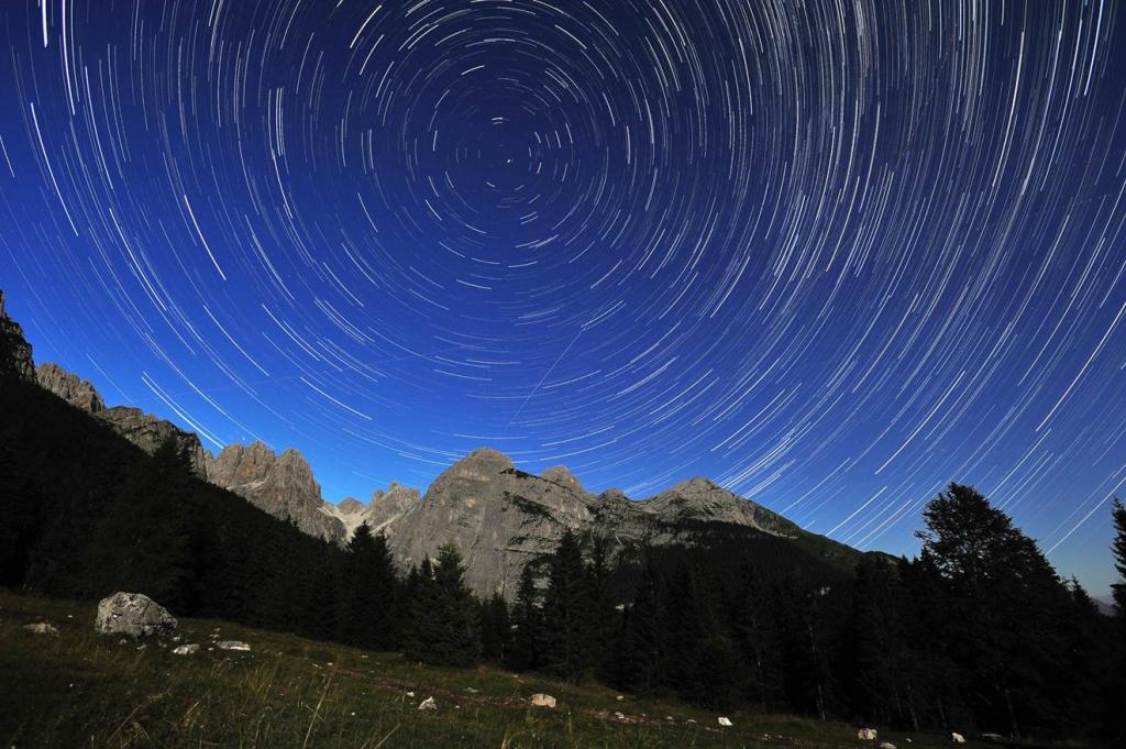 03-07-2020-stelle-notte-dolomiti-phclaudio-donini,12135.jpg?WebbinsCacheCounter=1