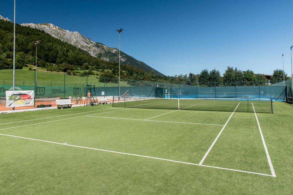 tennis_ad_andalo_sport_in_montagna_parco_life_family_activity,615.jpg?WebbinsCacheCounter=1