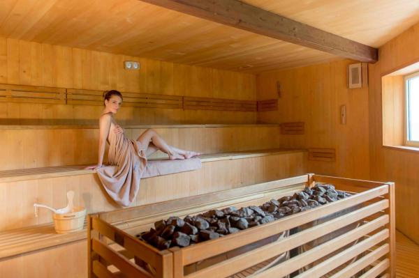 1 Subscription for 10 entrances for the ACQUAin Spa&Wellness usable by 2 Adults