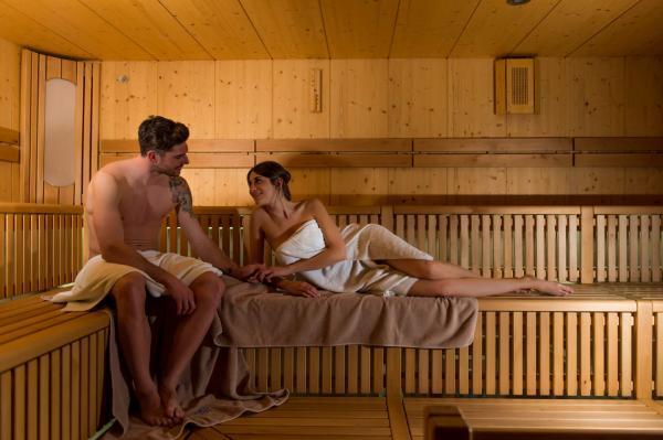Abbonamento di 10 ingressi alla Sauna per 2 adulti
