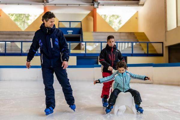 Ice Rink: 1 entrance for children