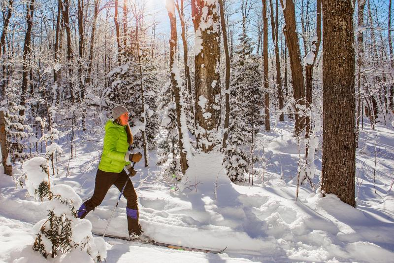 23/12 the Cross Country ski center is open!