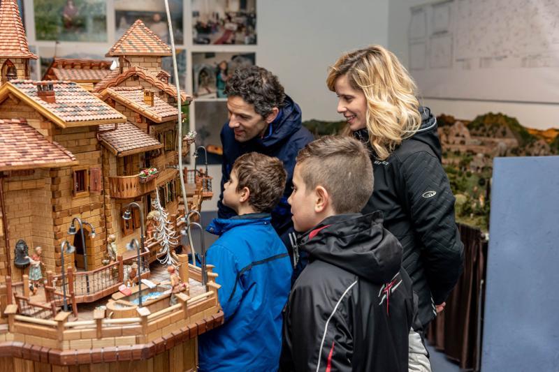 2016 PHMatteoDeStefano_Andalo_bambini_divertimento_miniature_presepi_Life_parco_Dolomiti_Paganella_Trentino_(28)