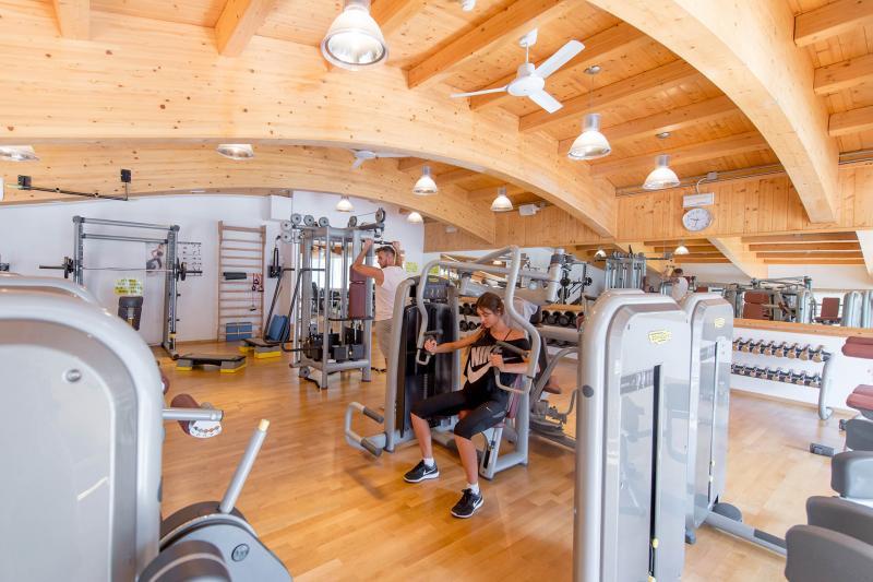 2016 PHMatteoDeStefano_Andalo_Life_parco_Acquain_Trentino_Paganella_Dolomiti_palestra_fitness_esercizi_pesi_(18)
