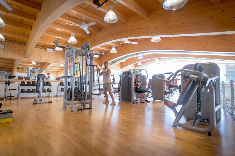 2016 PHMatteoDeStefano_Andalo_Life_parco_Acquain_Trentino_Paganella_Dolomiti_palestra_fitness_esercizi_pesi_(25)