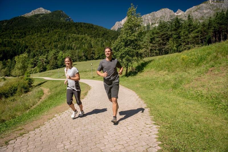 2016 PHMatteoDeStefano_Andalo_montagna_family_corsa_ginnastica_esercizi_outdoor_parco_Life_Dolomiti_Paganella_Trentino_(6)