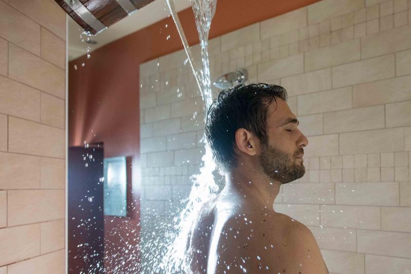 Scottish shower and ice