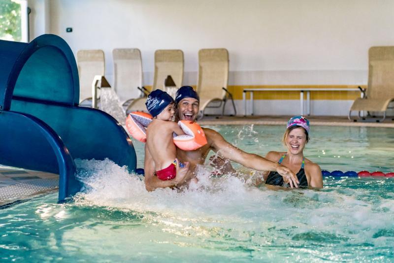 Acquapark in Trentino con scivoli e piscine a Andalo Life parco Acquain Trentino Paganella Dolomiti piscina family
