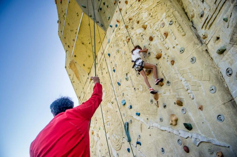 arrampicata palestra roccia outdoor montagna parco Paganella Life Family Activity Park Dolomiti Trentino