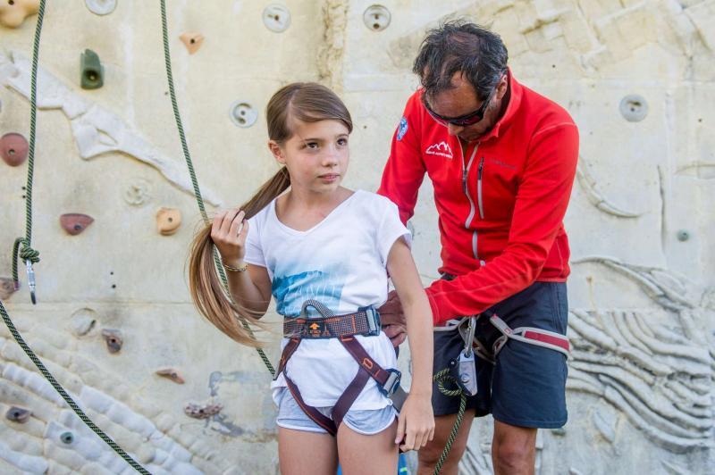Palestra di arrampicata, corsi di arrampicata per bambini e adulti