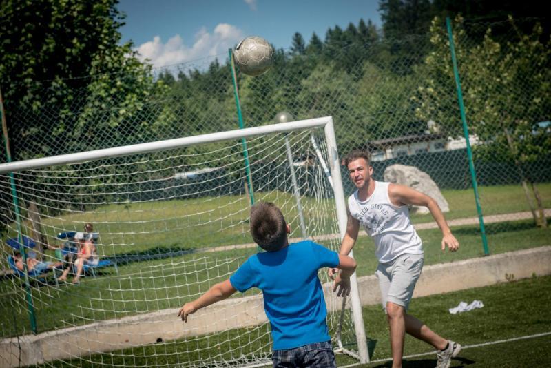 campo calcetto Andalo bambini giochi montagna sport parco LifePark Dolomiti Paganella Trentino