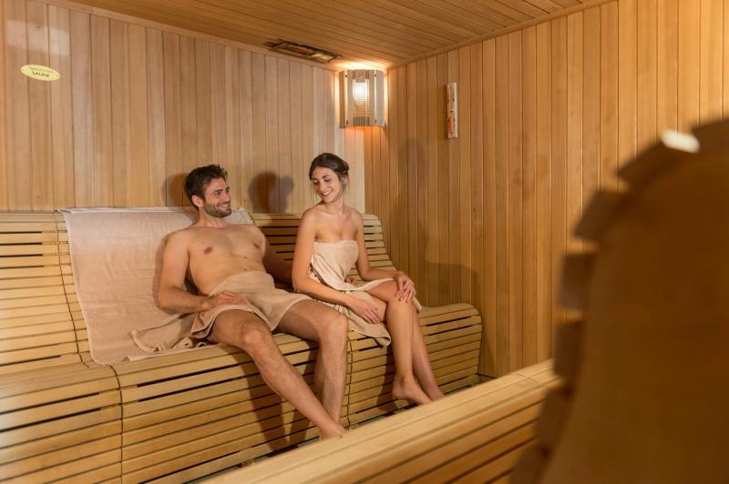 Sauna alle erbe, il profumo del wellness di montagna