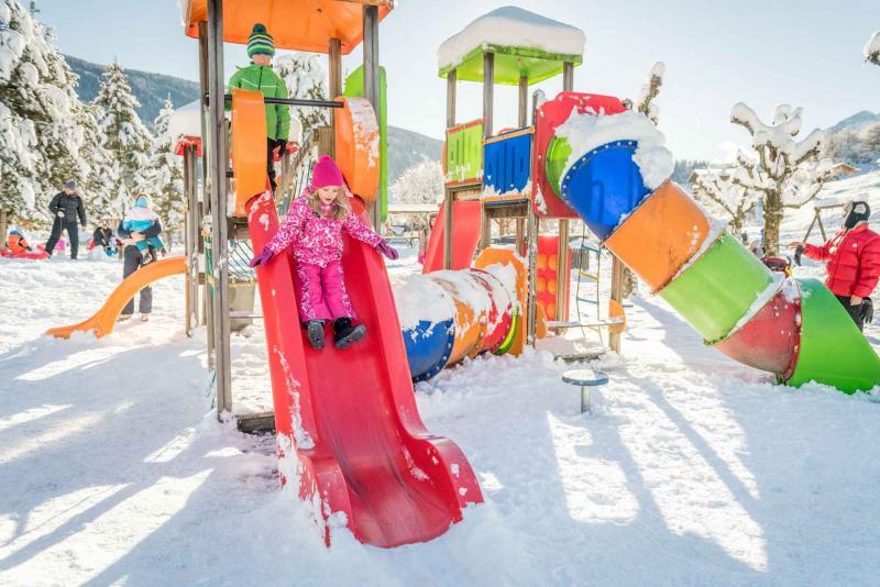 parco giochi Andalo bambini giochi divertimento montagna family parco Life Family Activity Park Dolomiti Paganella Trentino