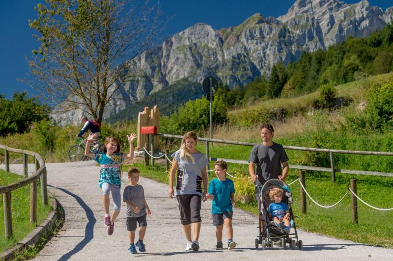Walks and routes for strollers in Andalo