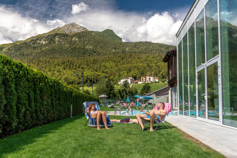 PH2020M.DeStefano acquapark_giardino_solarium_acquain_andalo_life_piscina_bambini_family_Trentino_altoadige_Paganella_Dolomiti (2)