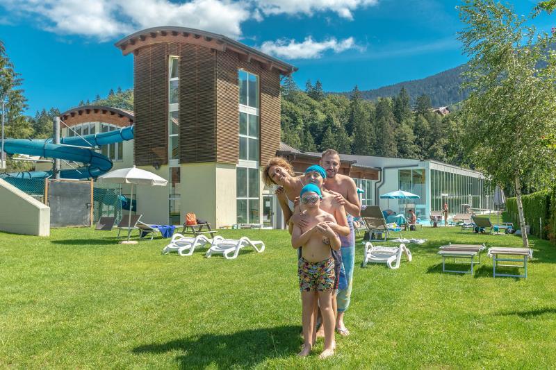 PH2020M.DeStefano acquapark_giardino_solarium_acquain_andalo_life_piscina_bambini_family_Trentino_altoadige_Paganella_Dolomiti (19)