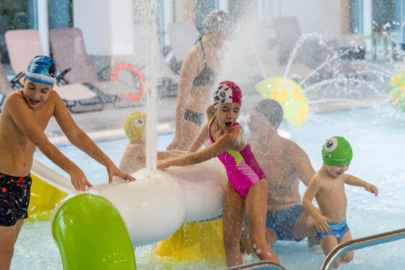 ph2020m-destefano-acquapark-giochi-acqua-spraypark-acquain-andalo-life-piscina-bambini-family-trentino-altoadige-paganella-dolomiti-7,8262.jpg?WebbinsCacheCounter=1