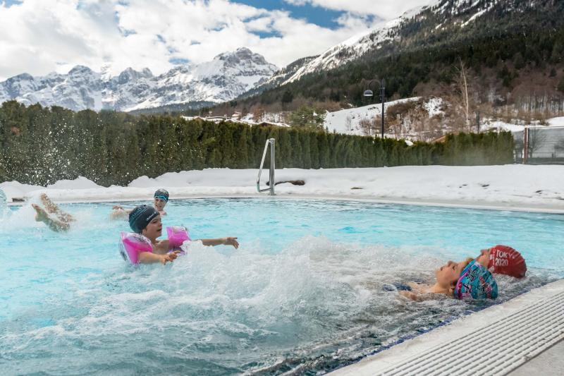 PH2020M.DeStefano acquapark_idromassaggio_getti_acquain_andalo_life_piscina_bambini_family_Trentino_altoadige_Paganella_Dolomiti (58)