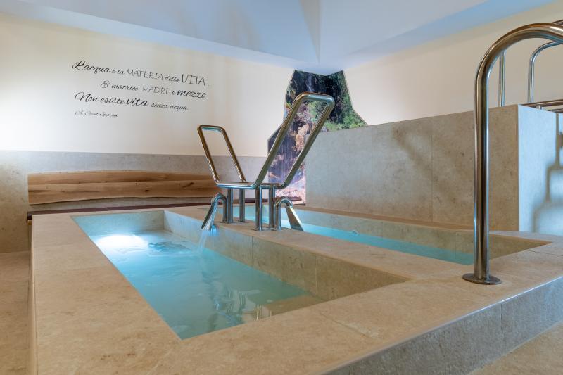 PH2020M.DeStefano spa_ saune_acquain_andalo_life_wellness_benessere_pozzo_kneipp_Trentino _altoadige_Paganella_Dolomiti (8)