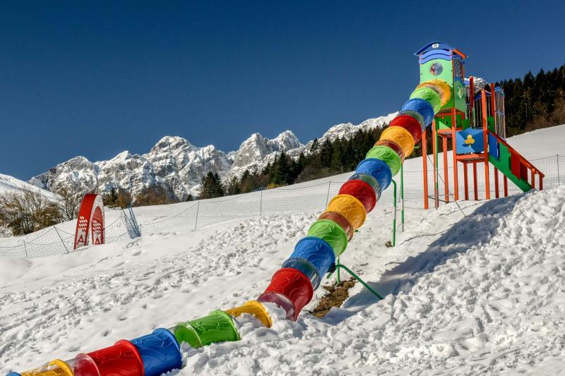PH2020M.DeStefano winterpark_bimbolandia_giochi_gommoni_scivoli_neve_andalo_life _bambini_family_Trentino _altoadige_Paganella_Dolomiti (14)