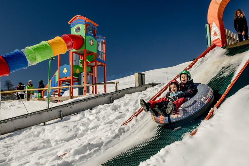 PH2020M.DeStefano winterpark_bimbolandia_giochi_gommoni_scivoli_neve_andalo_life _bambini_family_Trentino _altoadige_Paganella_Dolomiti (107)