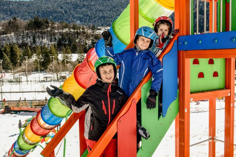 PH2020M.DeStefano winterpark_bimbolandia_giochi_gommoni_scivoli_neve_andalo_life _bambini_family_Trentino _altoadige_Paganella_Dolomiti (139)