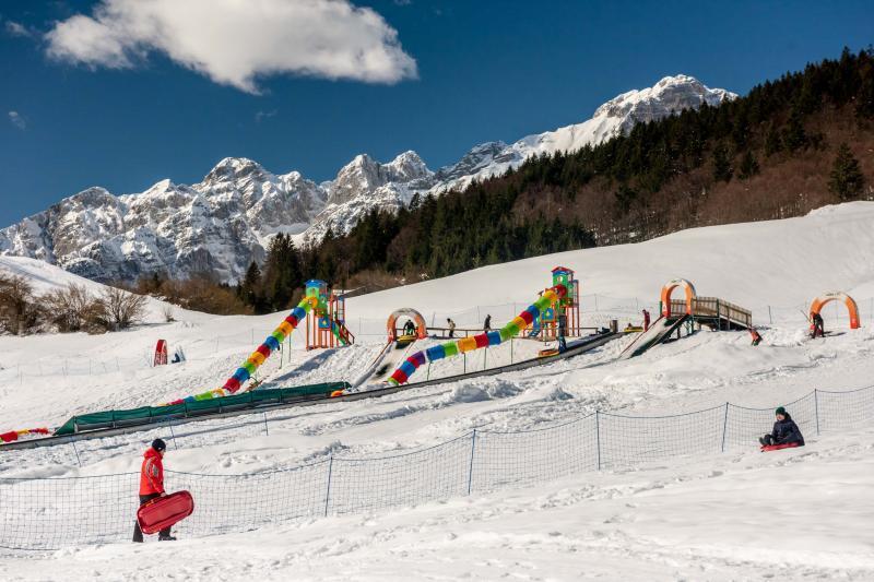 PH2020M.DeStefano winterpark_bimbolandia_giochi_gommoni_scivoli_neve_andalo_life _bambini_family_Trentino _altoadige_Paganella_Dolomiti (199)