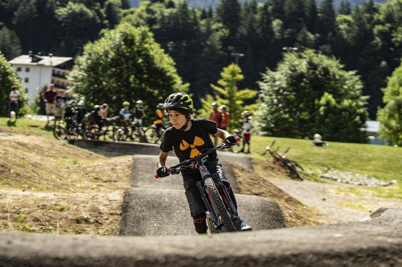 phsottobosco_parco_andalo_life_trentino_dolomiti_paganella_sci_ski_neve_montagna_bike_trail_center_the_cave_sport_family,8654.png?WebbinsCacheCounter=1