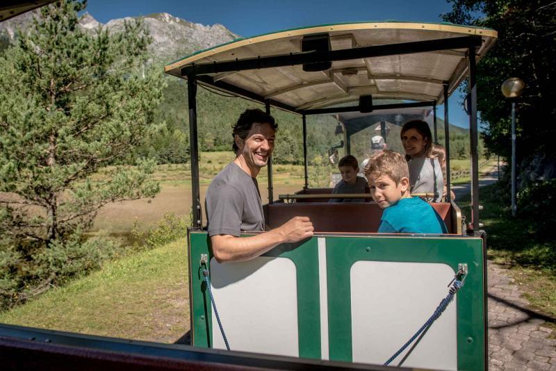 trenino Andalo bambini montagna family parco LifePark Dolomiti Paganella Trentino